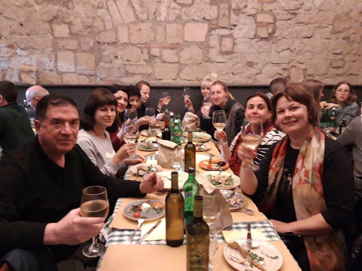 Апрельская группа в Неаполе