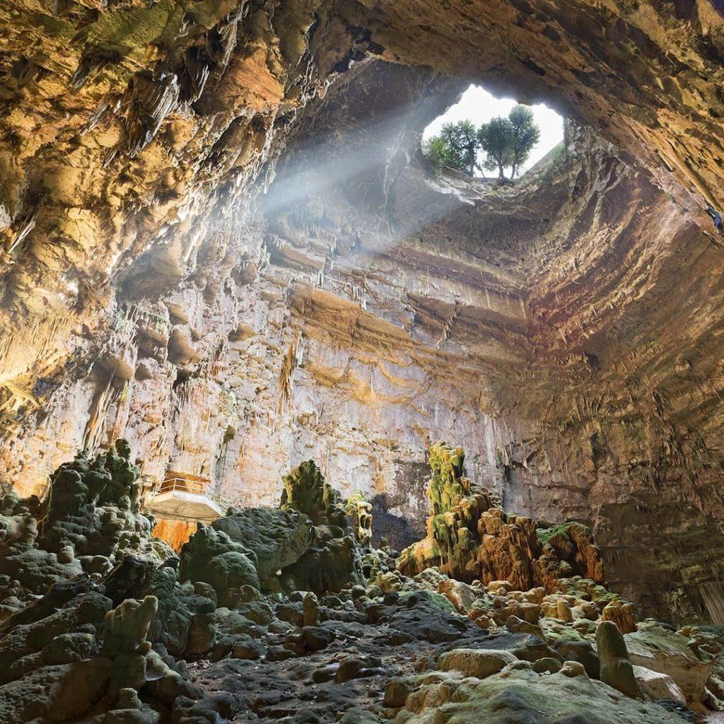 Пещера Кастеллано